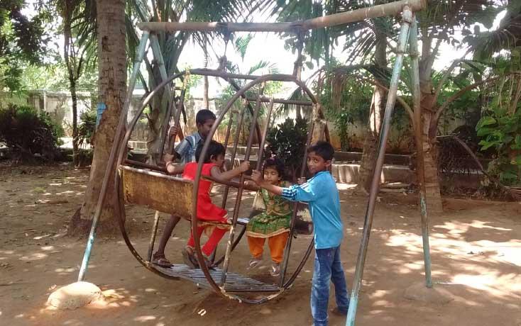 children-park-poondi-madha-basilica-11